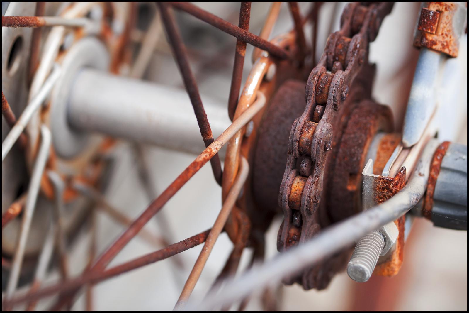 Как очистить металл от окисления и ржавчины?