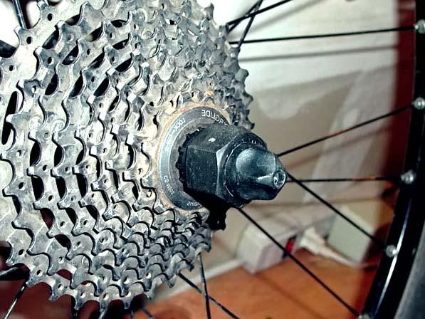 Как правильно снимать трещотку с заднего колеса велосипеда для замены