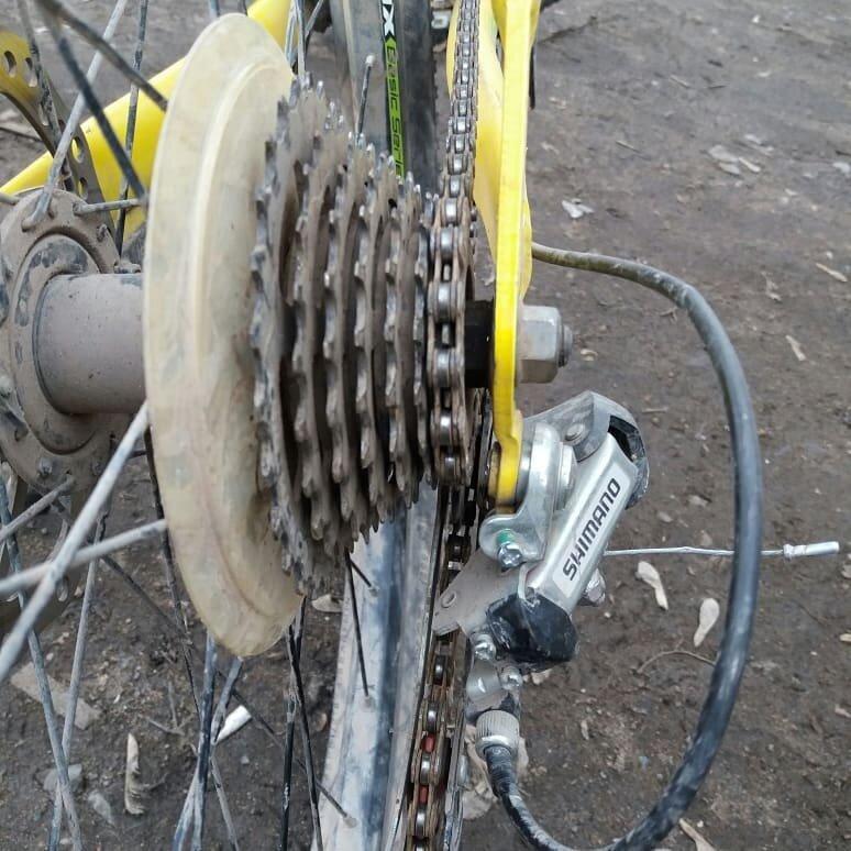 Велосипедный петух, для чего он нужен и как работает