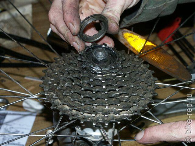 Как снять каретку под квадрат, octalink и isis с велосипеда