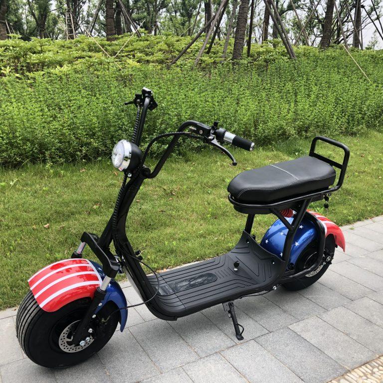 Нужны ли права на электромотоцикл – как можно получить