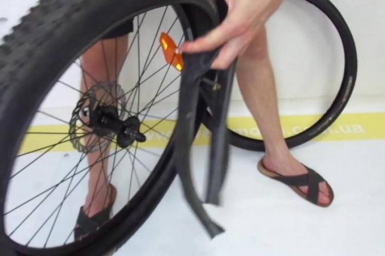Как поменять камеру на велосипеде, разбортовка, порядок работы