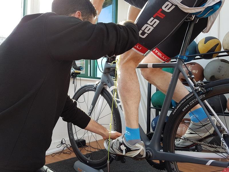 Как установить сиденье на велосипед?