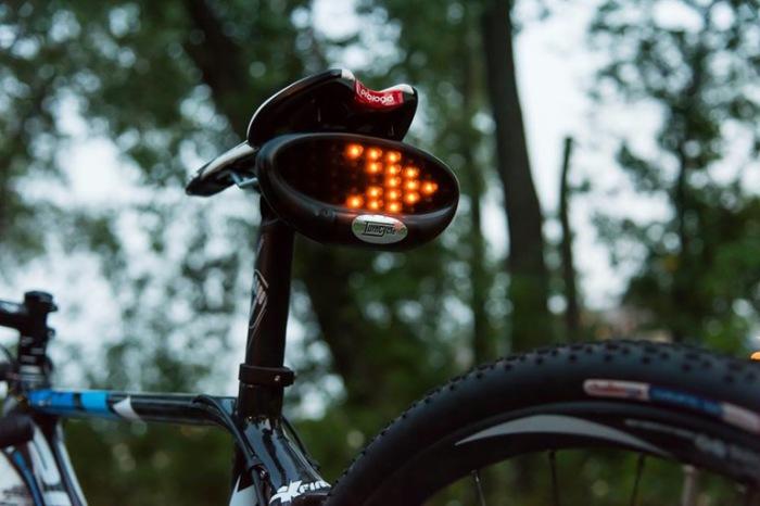 Поворотники на велосипед: разновидности и советы по выбору