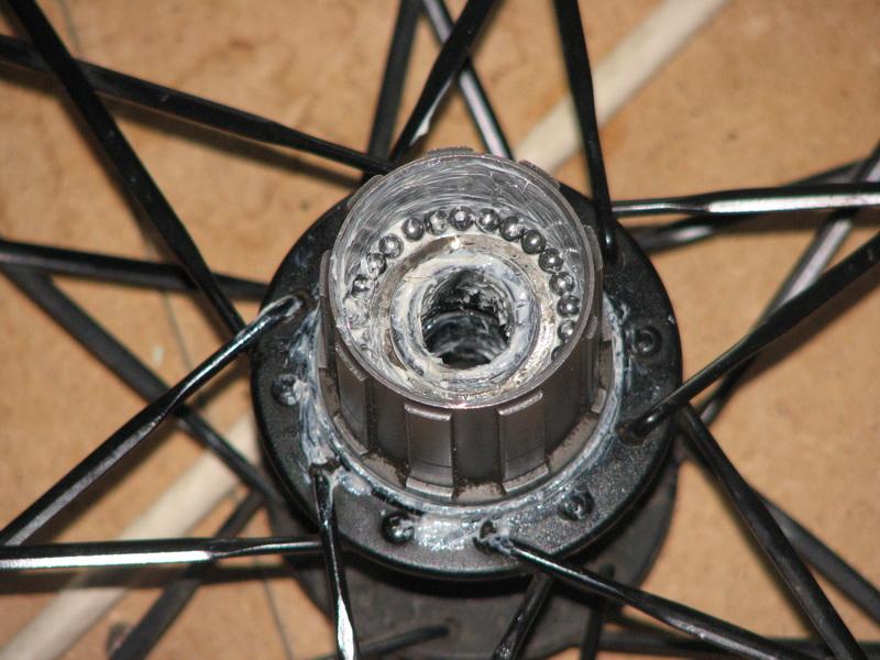 Велосипедные подшипники: виды, признаки неисправности, замена