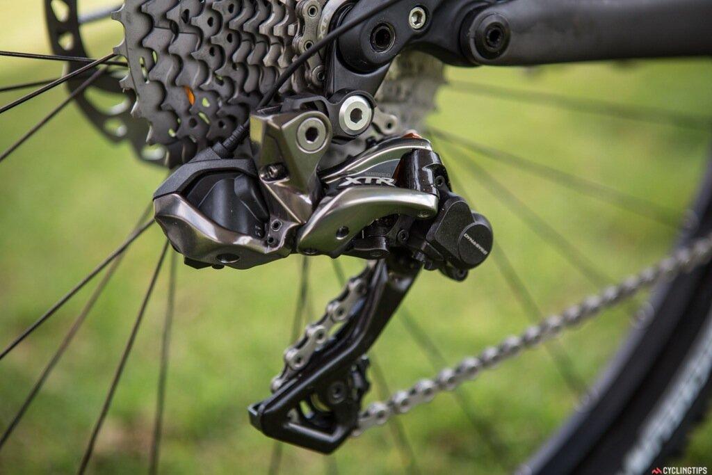 Как снять, разобрать и смазать вилку велосипеда