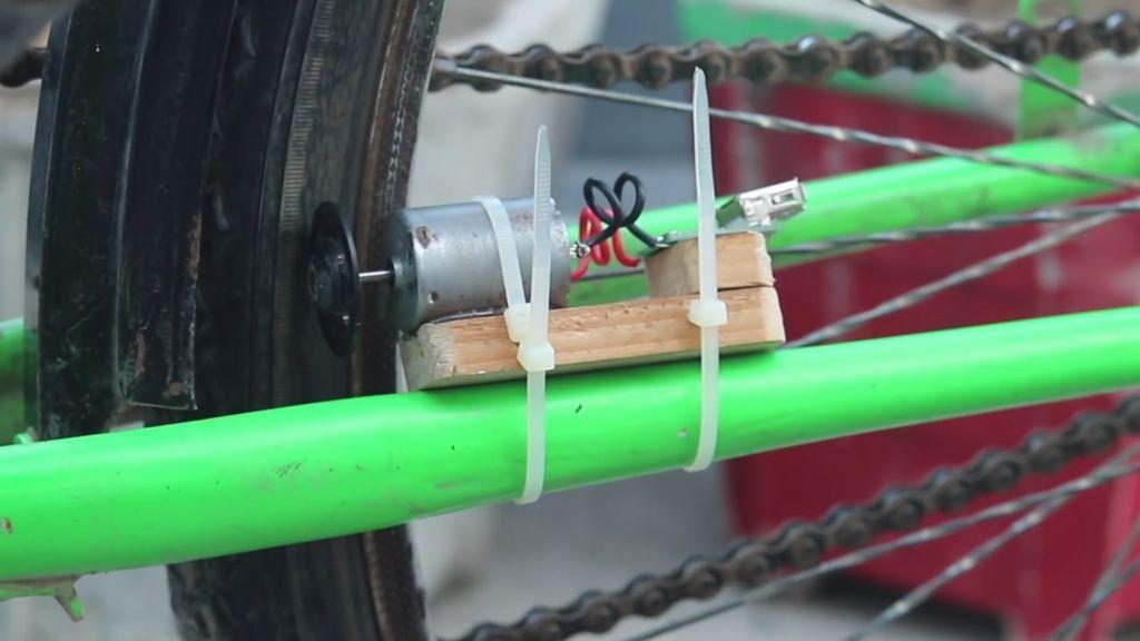 Генератор электричества для велосипеда