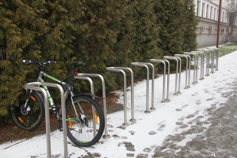 Девять примеров велопарковок с фото, изготовленных своими руками