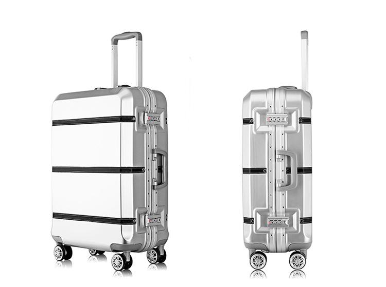Лучшие чемоданы на колесах для путешествий: как правильно выбрать