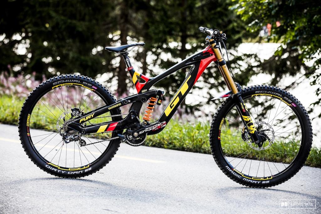 Велосипед для даунхилла - как выбрать и что нужно знать    mens passion